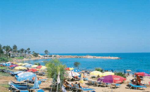 Anais Bay 5