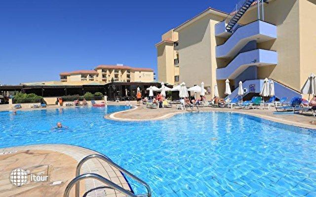 Vangelis Hotel Apts 8