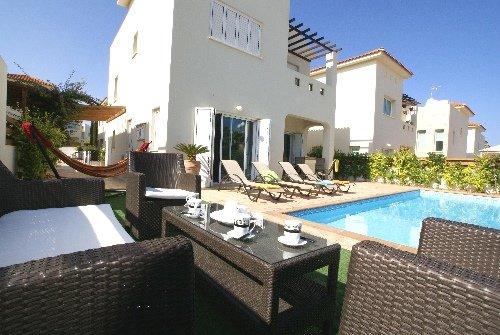 Villa Palm Apt 2