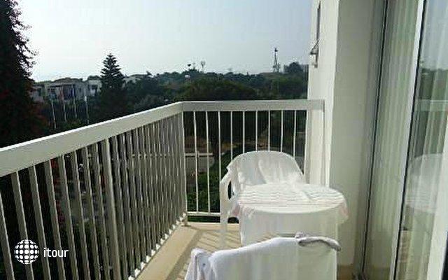 Marlita Hotel Apartments 4