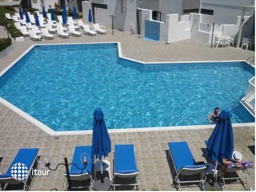 Penelopi Beach Hotel Apts 1