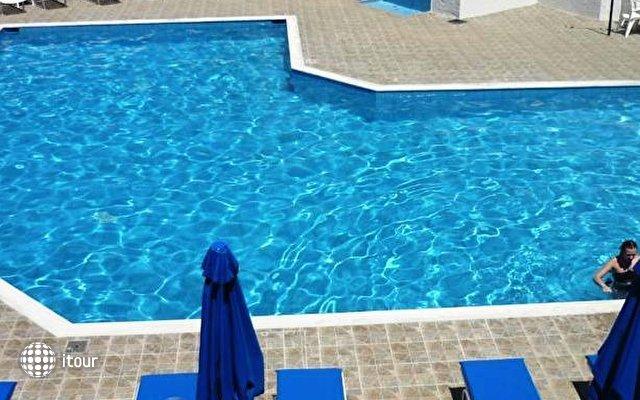 Pinelopi Beach Hotel 5