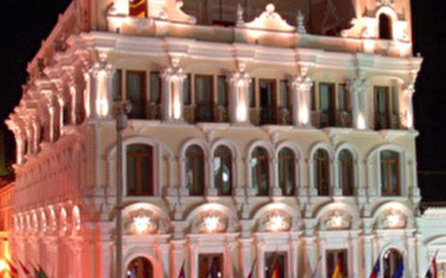 Hotel Plaza Grande Quito 1