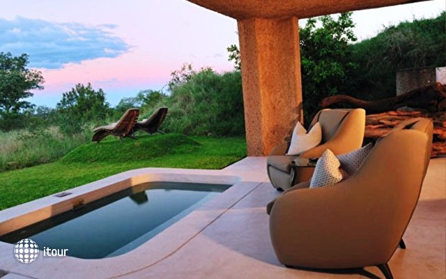 Sabi Sabi Earth Lodge 6