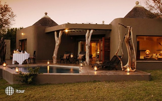 Sabi Sabi Earth Lodge 4