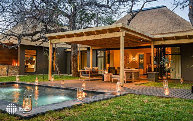 Lion Sands Tinga Lodge 1