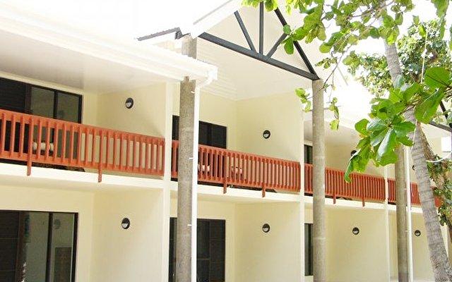 Mana Island Resort 9