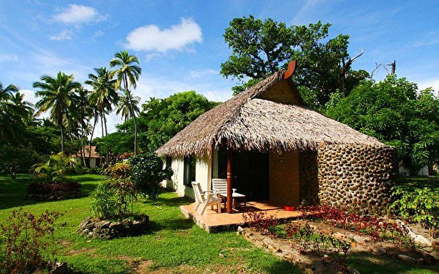 Mana Island Resort 4