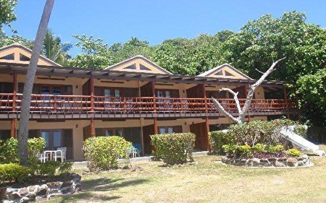 Mana Island Resort 10