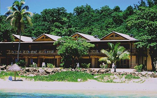 Mana Island Resort 1