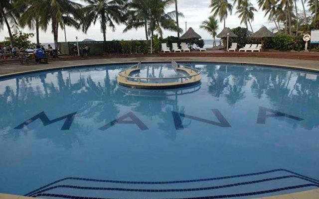 Mana Island Resort 2