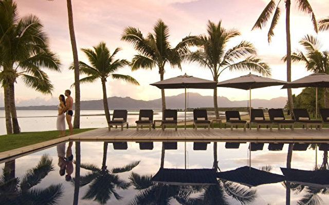 Fiji Beach Resort & Spa 3