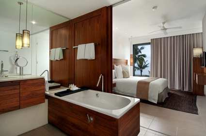 Fiji Beach Resort & Spa 5