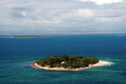 Fiji Beach Resort & Spa 1