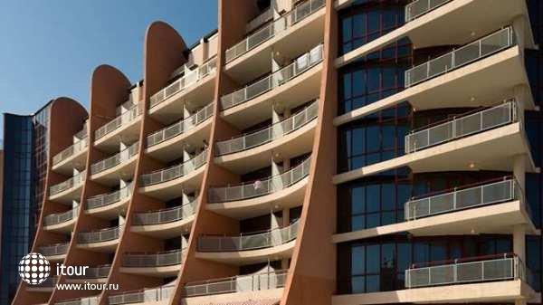 Doubletree By Hilton Varna 4