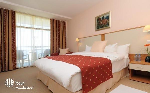 Doubletree By Hilton Varna 3