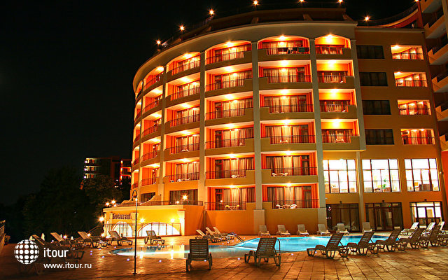 Central Golden Sands 6