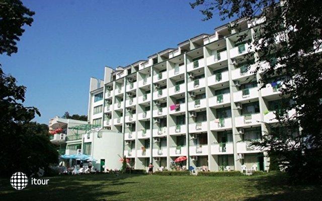 Zdravets Hotel 6