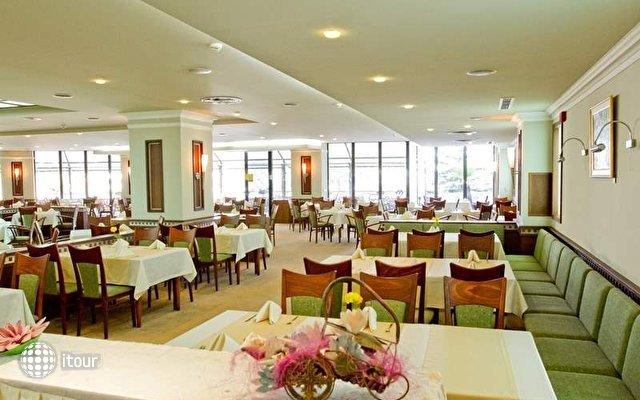 Lilia Hotel 6