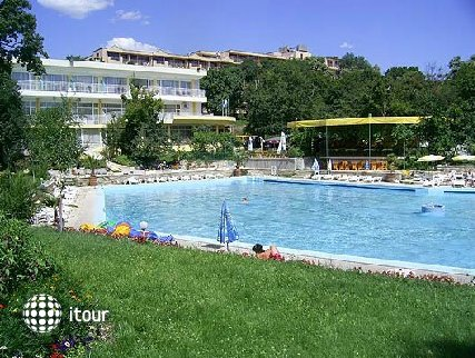 Riva Park 1