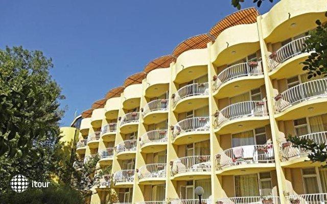 Club Hotel Bor 1