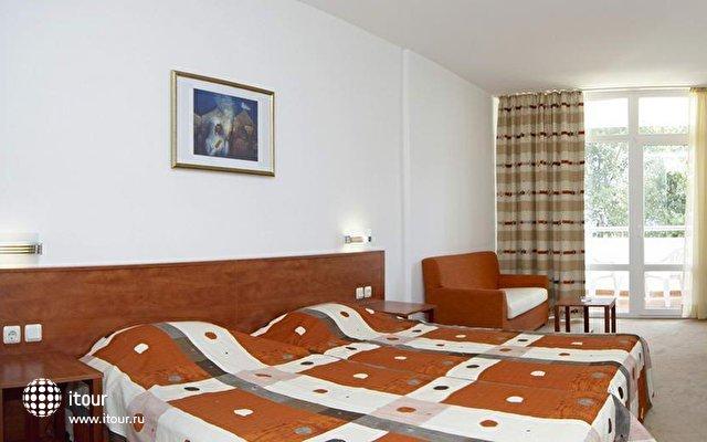 Fenix Hotel 3