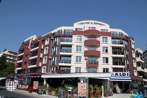 Admiral Plaza 1