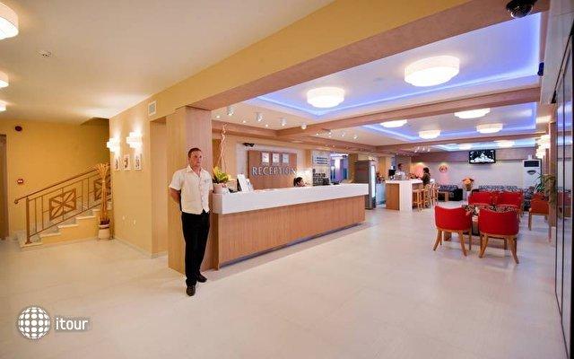 Karlovo Hotel 4