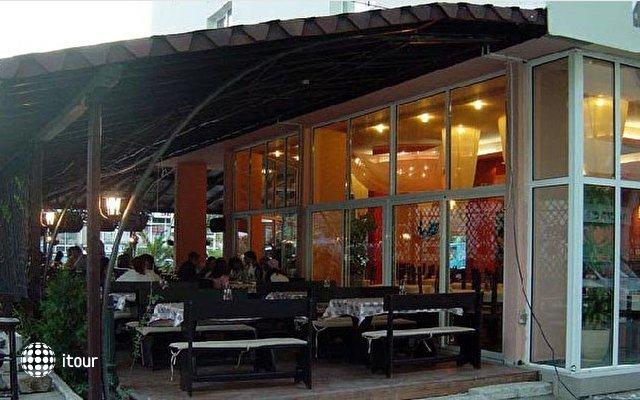 Mpm Royal Hotel Central 4