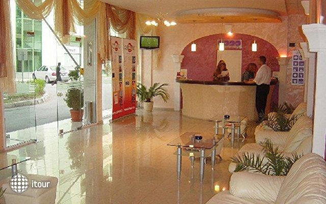 Mpm Royal Hotel Central 5