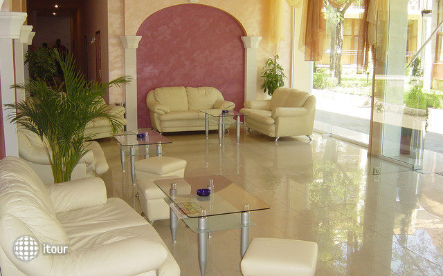 Mpm Royal Hotel Central 9
