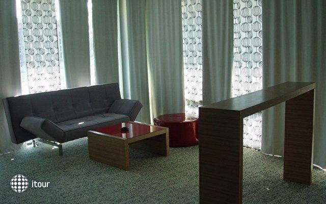 Riviera Blue Hotel 4