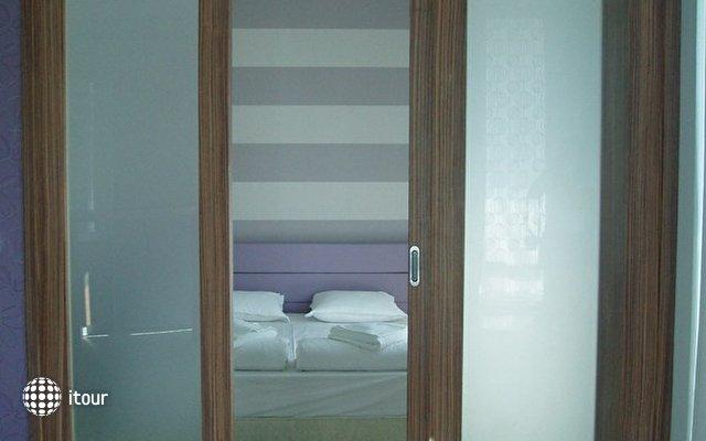 Riviera Blue Hotel 6