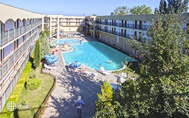 Amphora Hotel 1