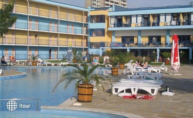 Azurro Hotel 10