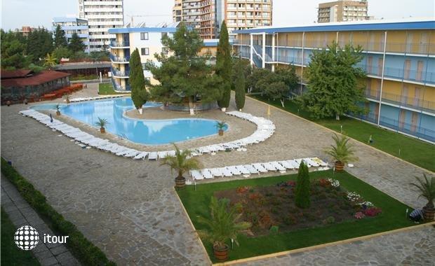 Azurro Hotel 9