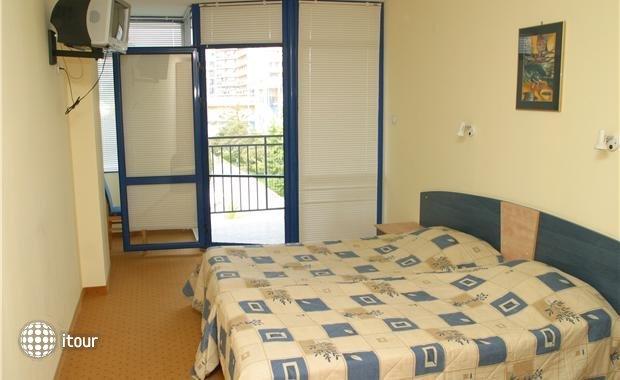 Azurro Hotel 4