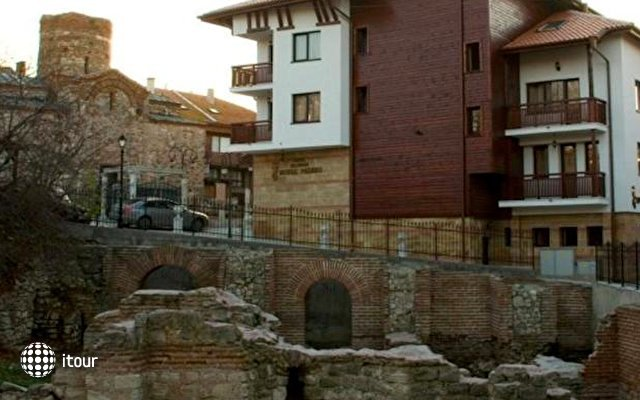Nessebar Royal Palace 1