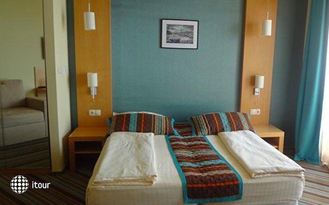 Mirage Hotel 4