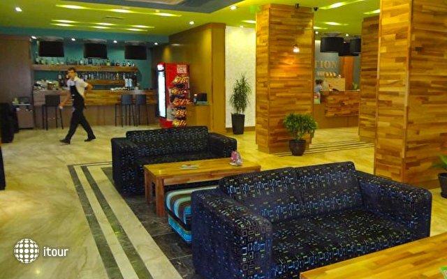 Mirage Hotel 8