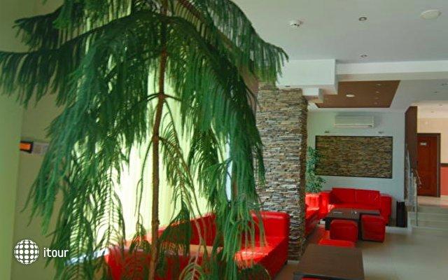 Cantilena Hotel 10