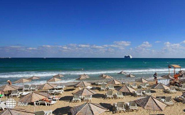 Aphrodite Beach Hotel 8