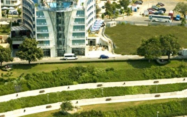 Sol Marina Palace 5
