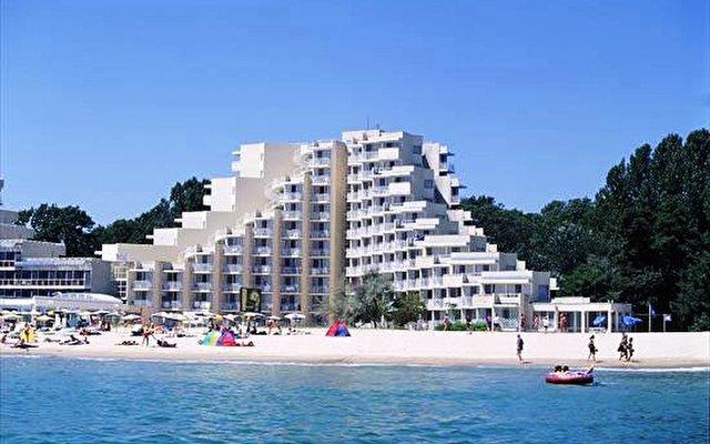 Albena Beach Club 1