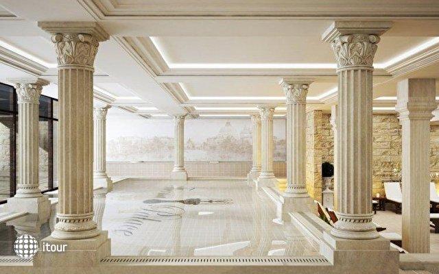 Therma Palace 9
