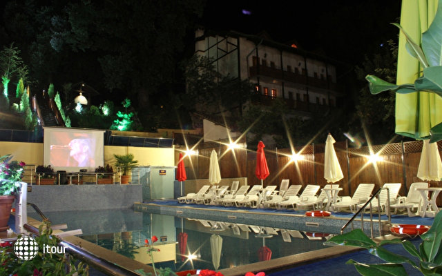 Aquilon Residence & Spa 6