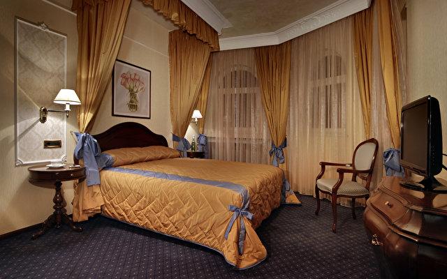 Festa Winter Palace Hotel 2