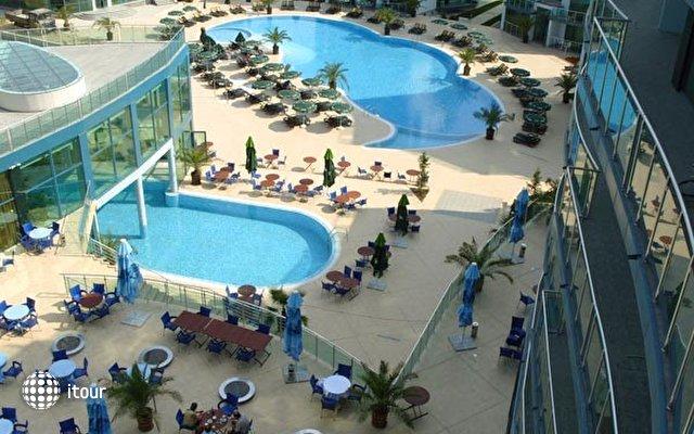 Grand Hotel Primorsko 3