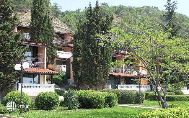 Elenite Villas 3