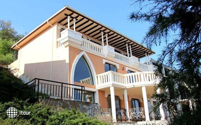 Elenite Villas 6